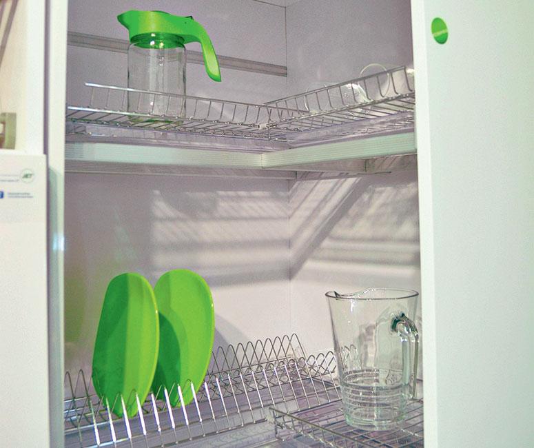 сушилка в угловом шкафу кухни фото этом фелпс тот