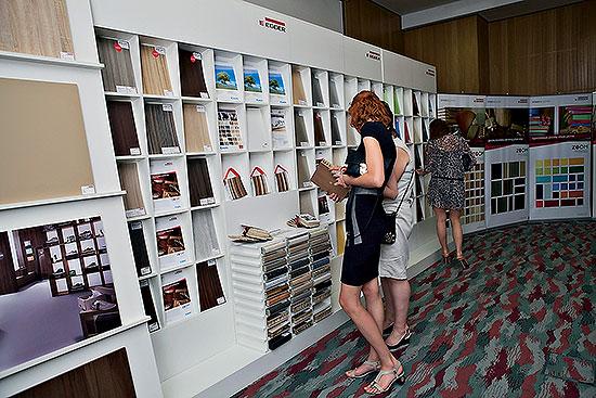 Компания «Эггер» представила в Новосибирске свою эксклюзивную фирменную коллекцию декоров ZOOM 2.0.